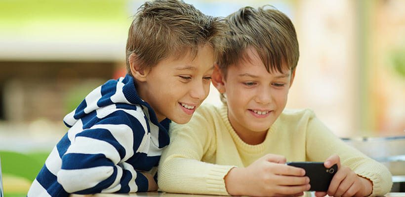 Should you stalk your child's smartphone?